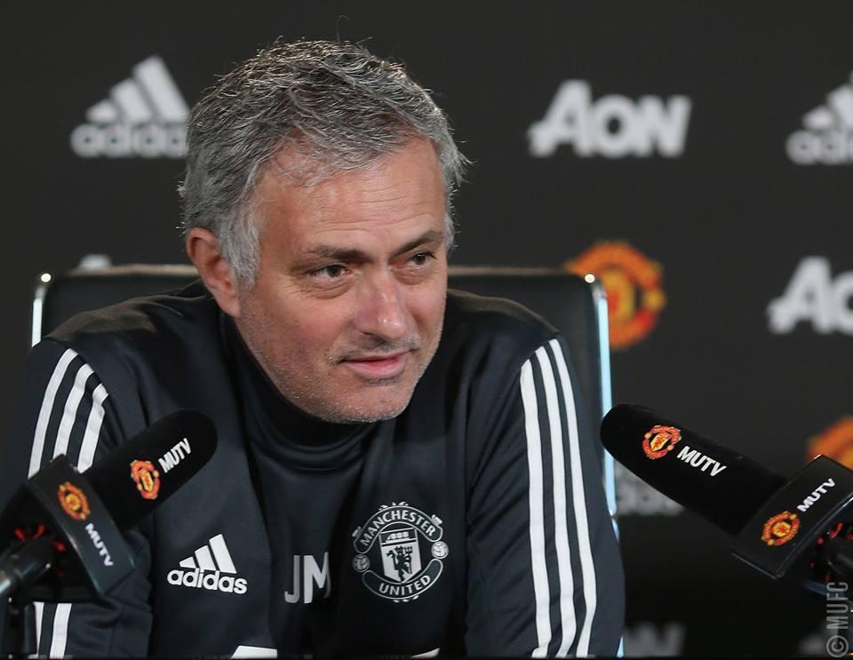 Jose Mourinho ima kar precej težav s sestavo ekipe. Foto: FC Manchester United