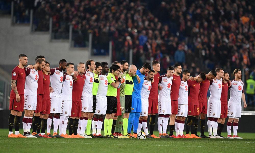 Danes so se pred tekmo z minuto molka spomnili na pokojnega Davideja Astorija. Foto: FC Roma
