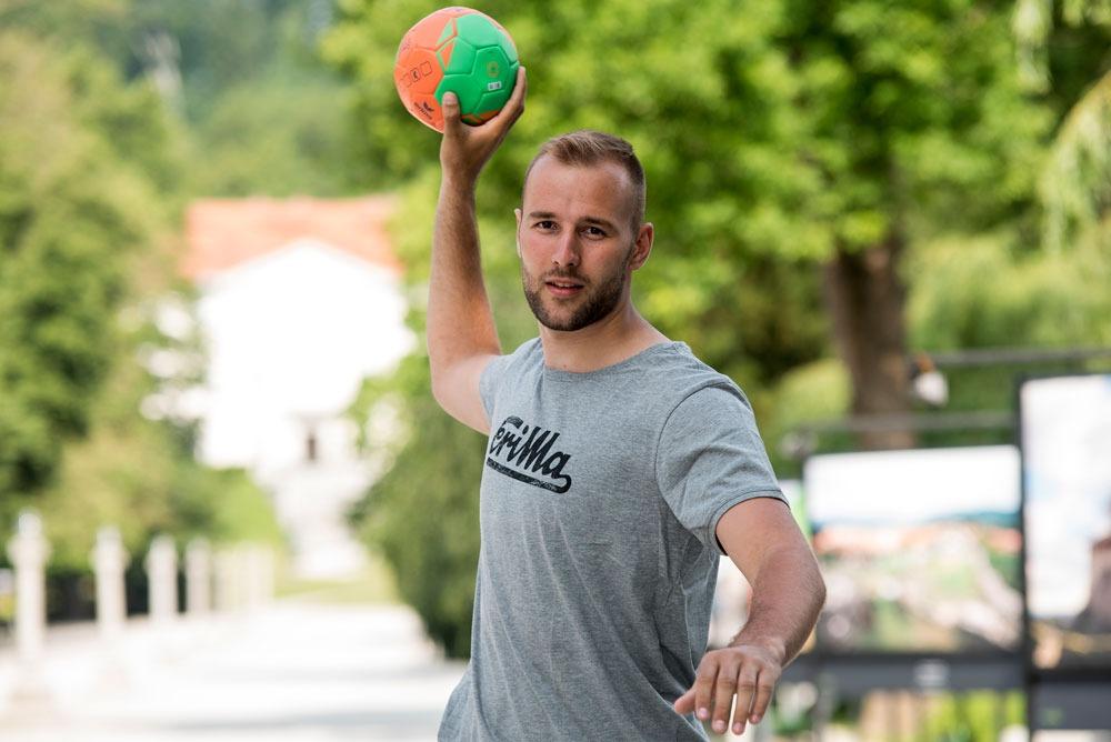 Urh Kastelic bo na Sredozemskih igrah v vratih tvoril duet, skupaj z Rokom Zaponškom. Foto: Jurij Kodrun/eleven.si